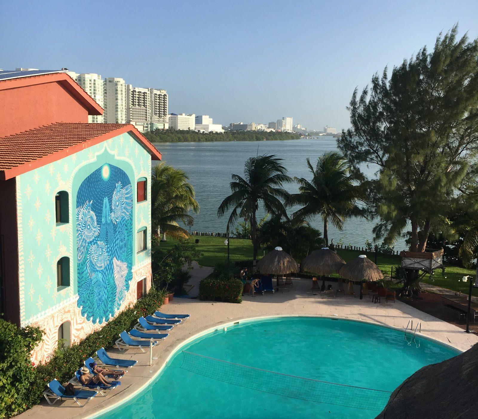 selina-cancun-lagoon